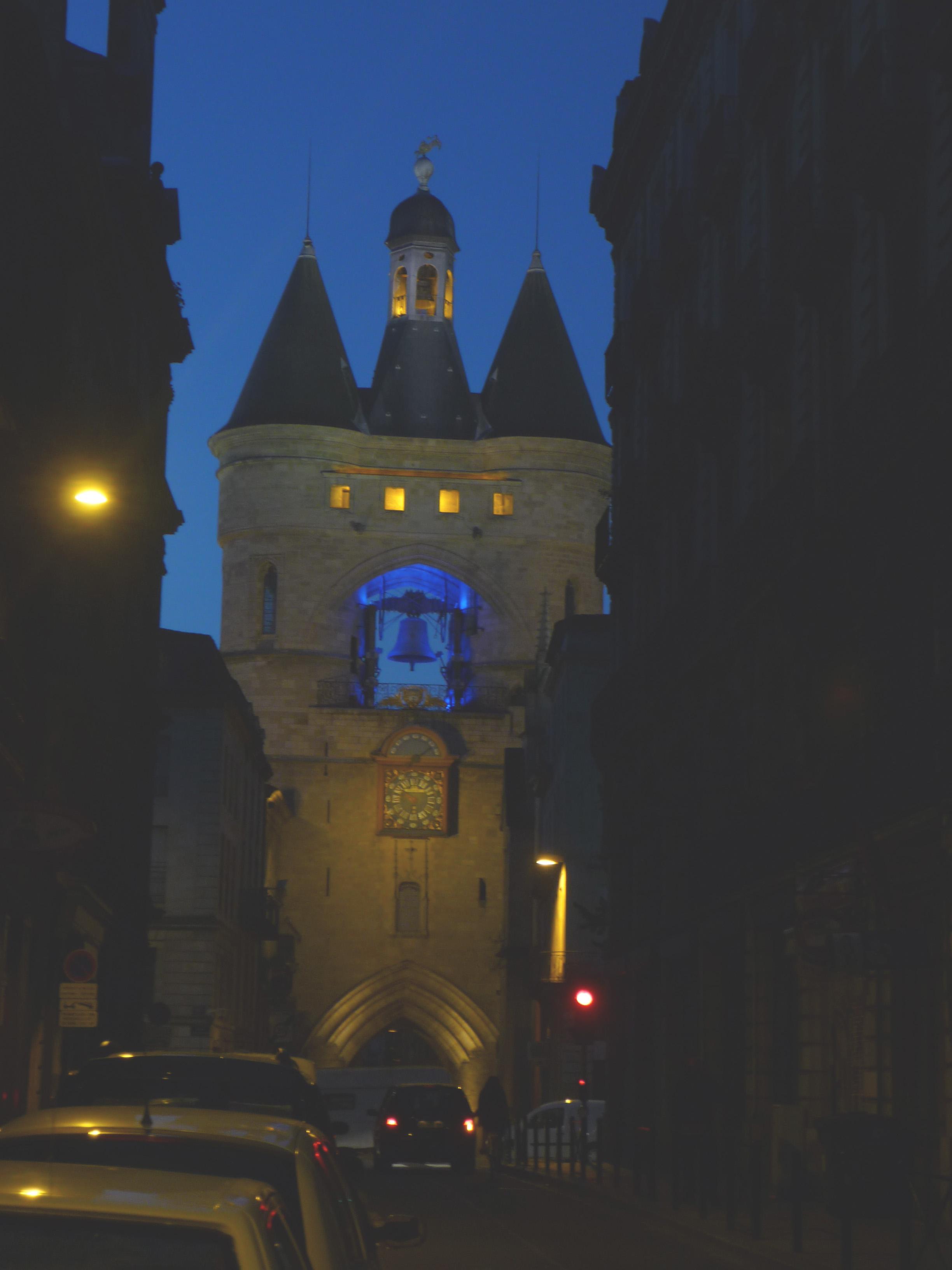 Bordeaux am späten Abend
