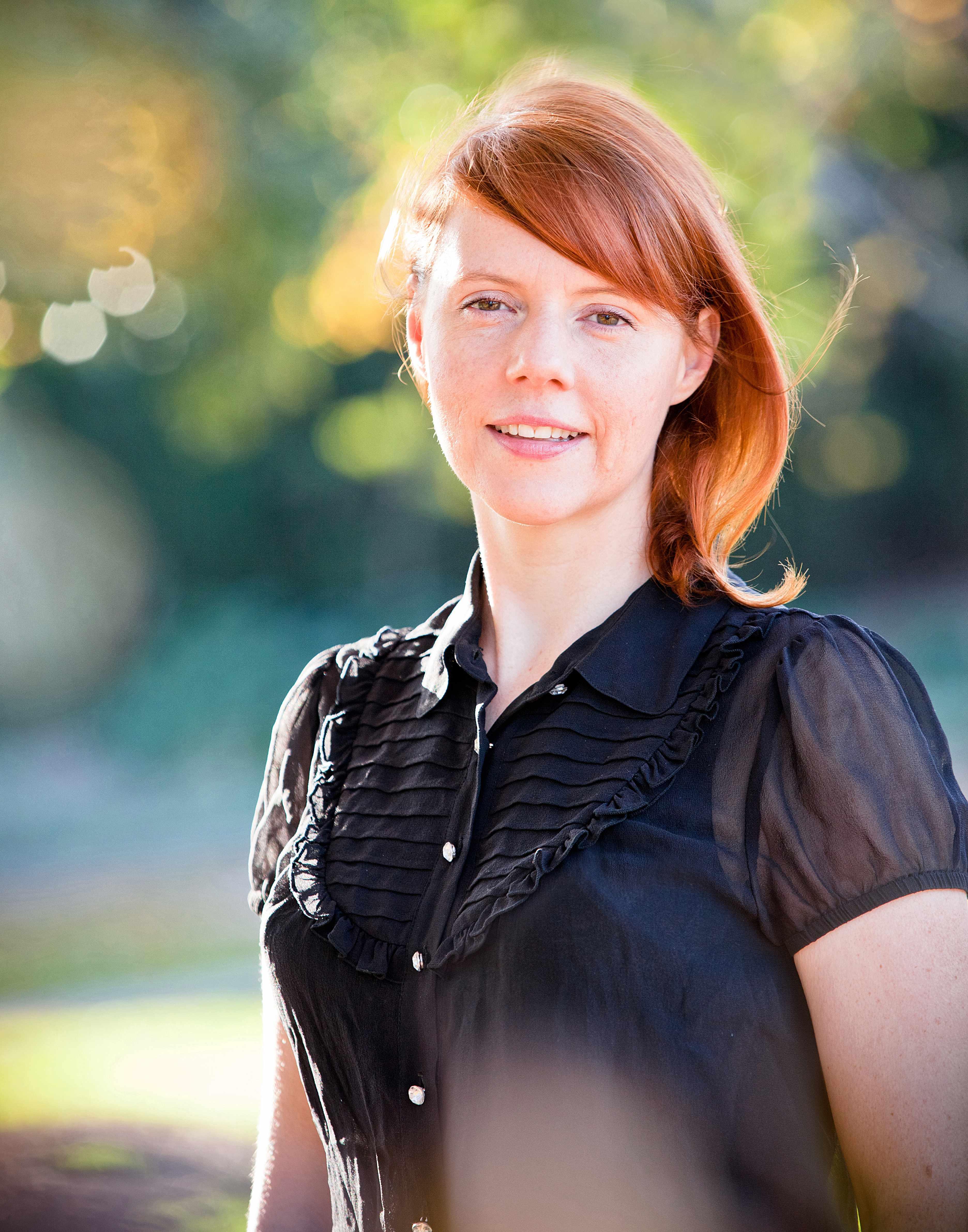 Die Autorin des Romans Jenseits der Untiefen: Favel Parrett