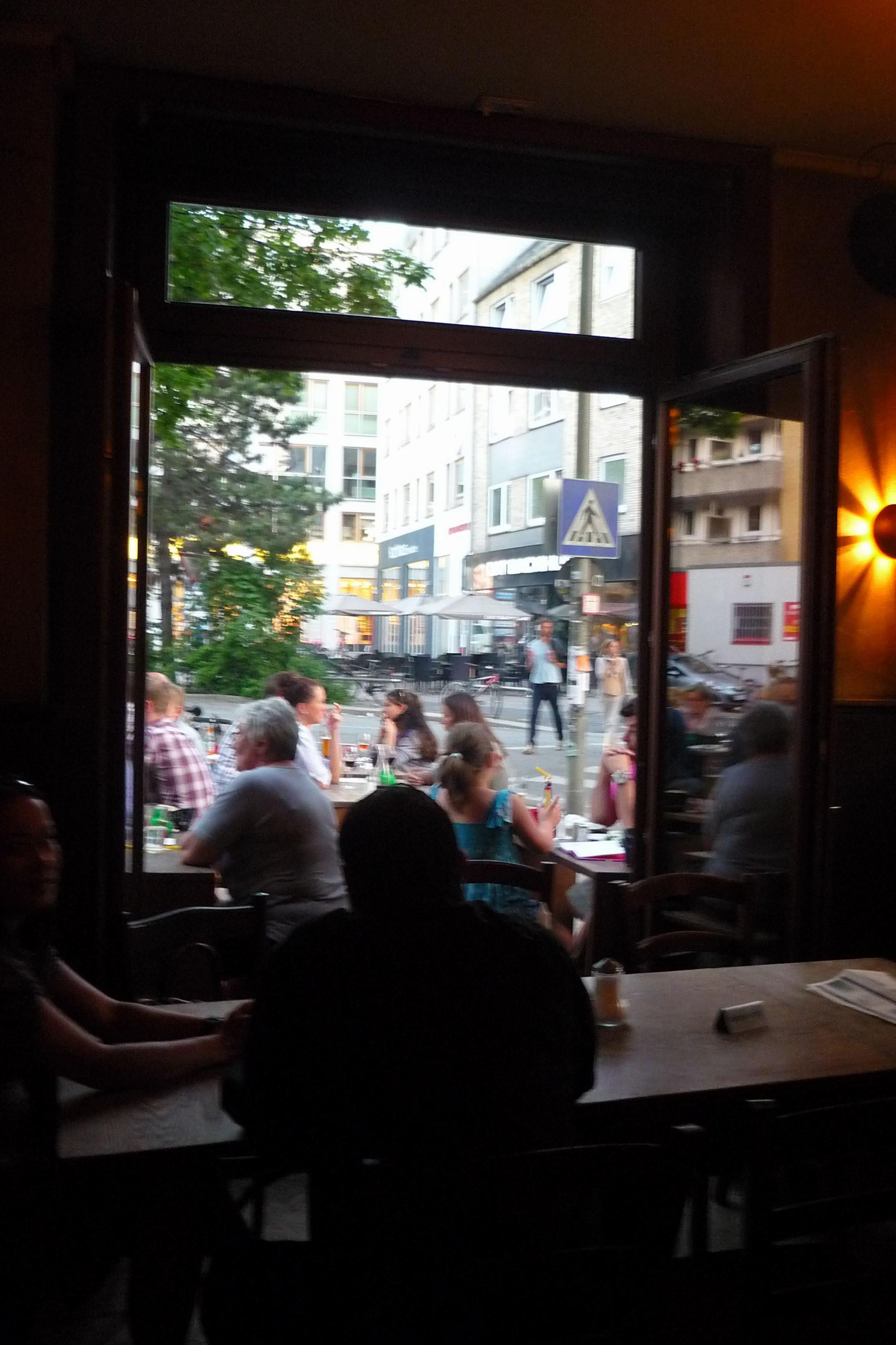 Abends Kollegen treffen in Eimsbüttel.