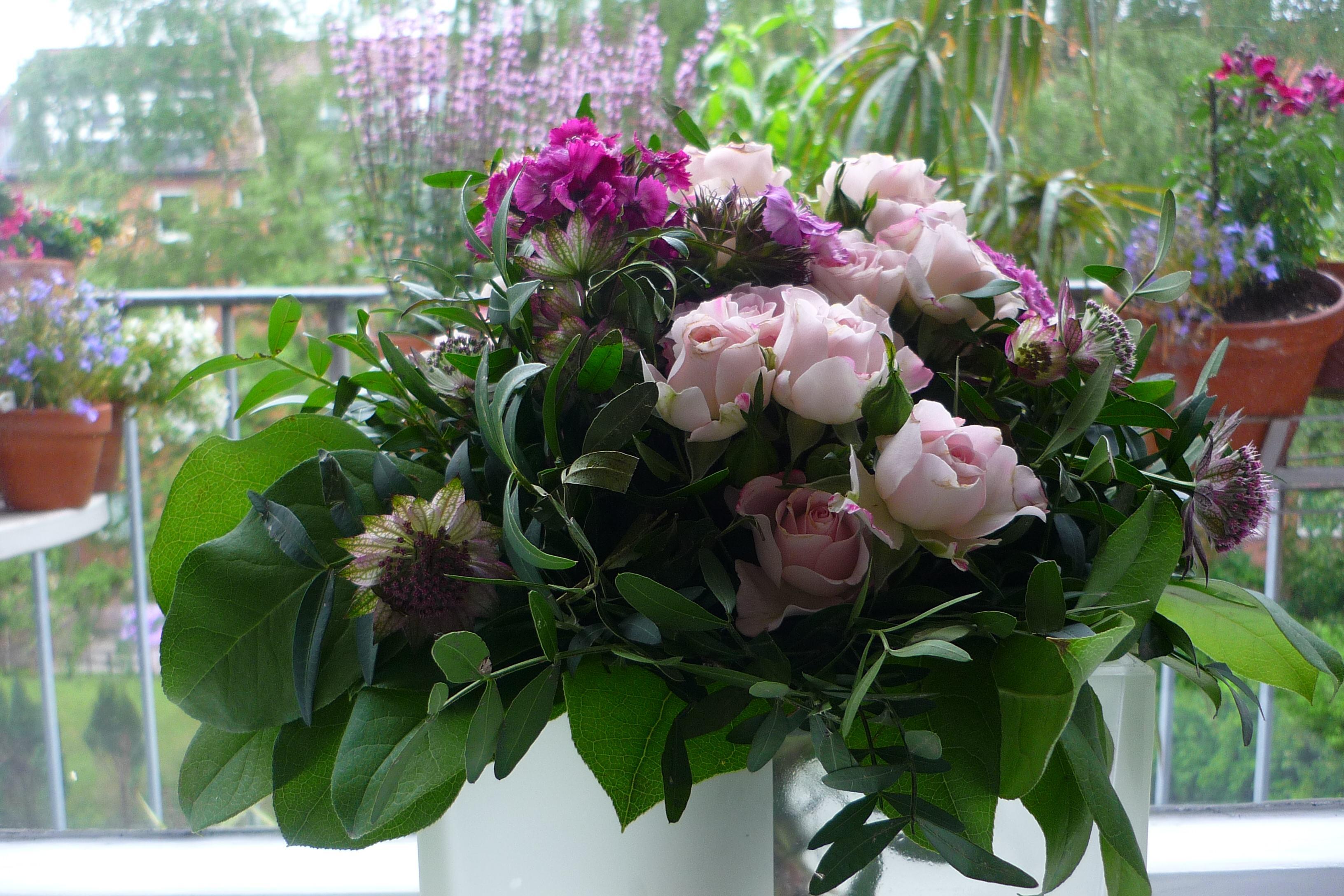 Mathilde mag kitschige Blumen