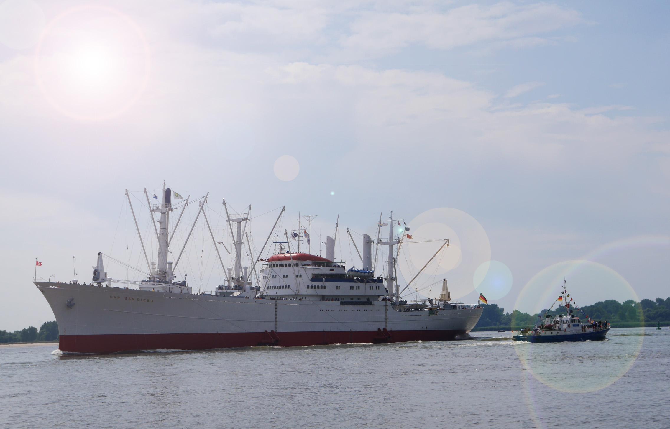 2 Schiffe gucken - Mathilde MAG
