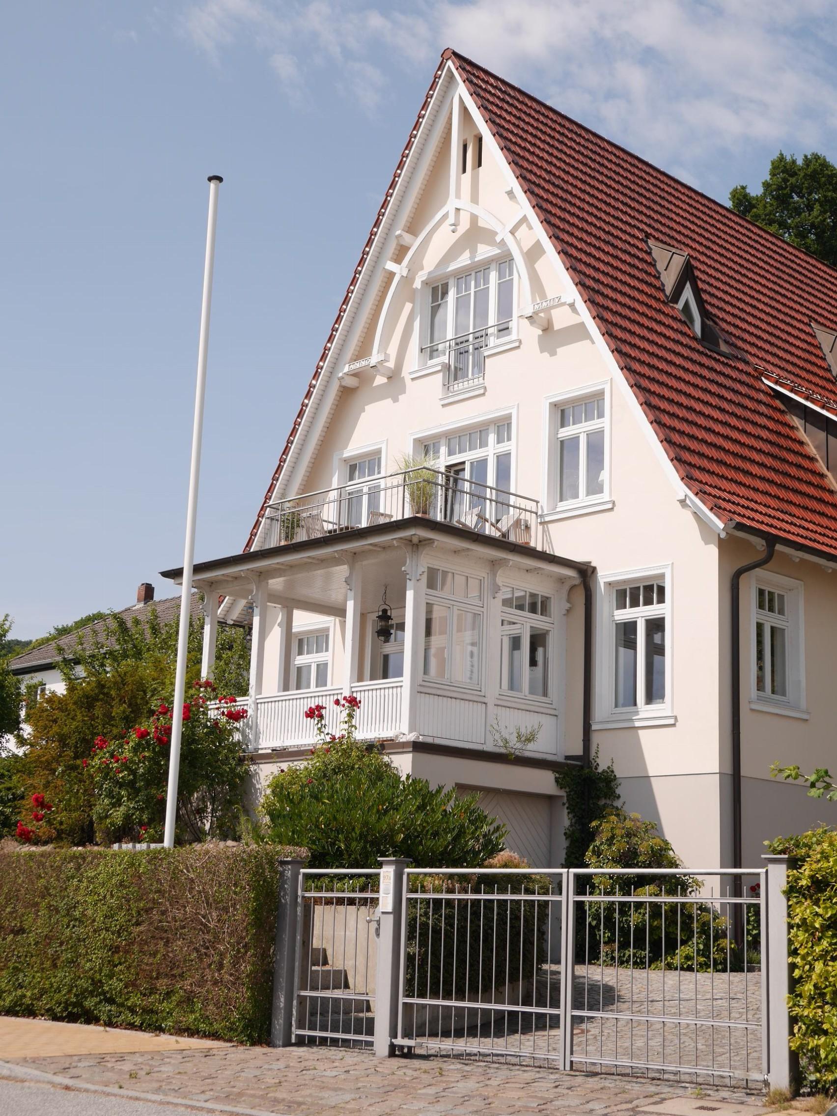 3 Häuser bestaunen - Mathilde MAG