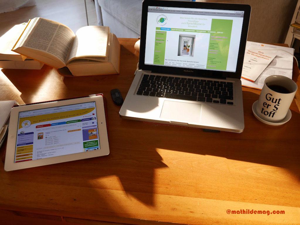 Schreibtisch-Arbeit