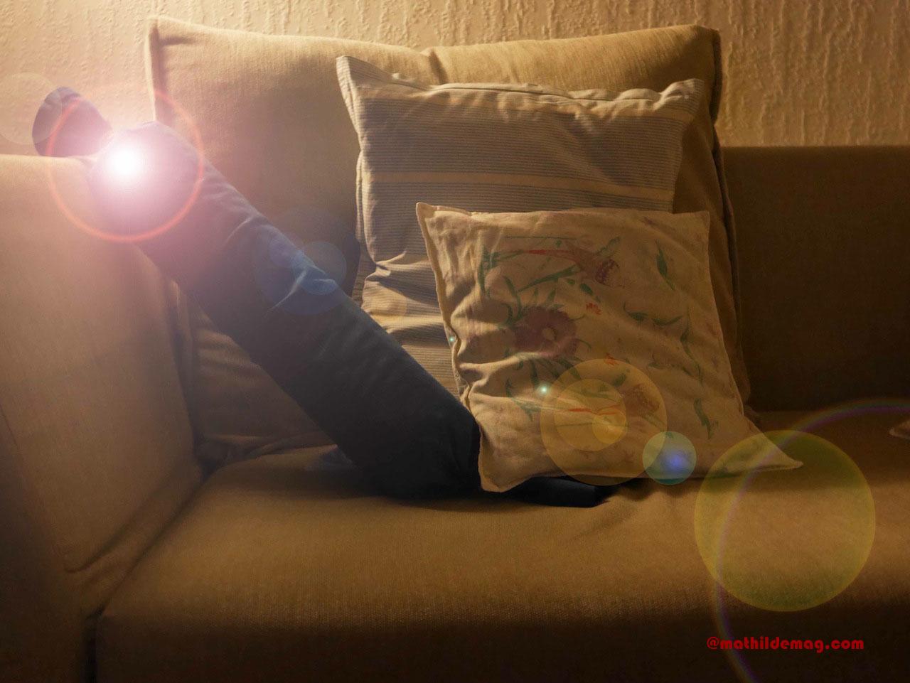 11 Spätabendlicher Sofa-Besuch