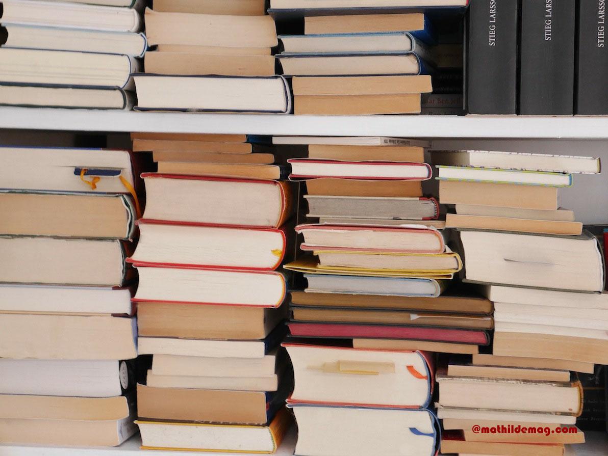 Bücher in der Zwischenlagerung - Mathilde MAG