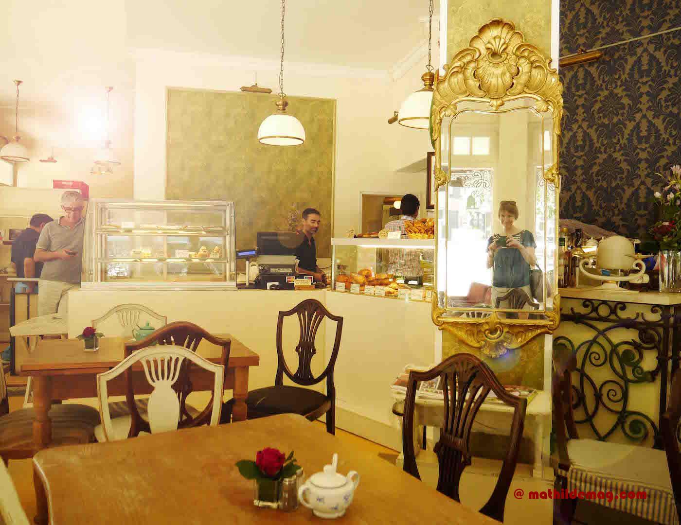 Menschen im Café